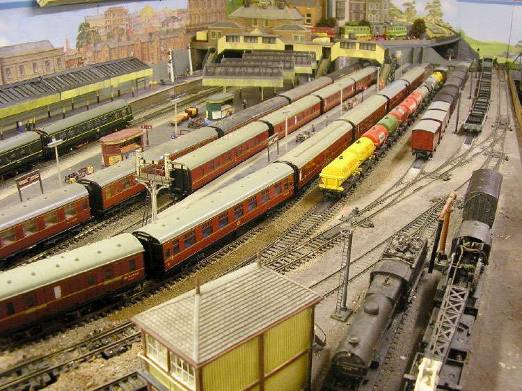 Hornby Central Station